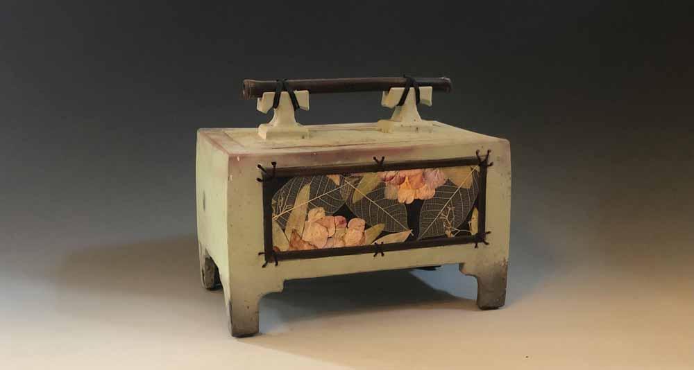 multimedia urn box