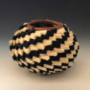medium hiccup basket side view