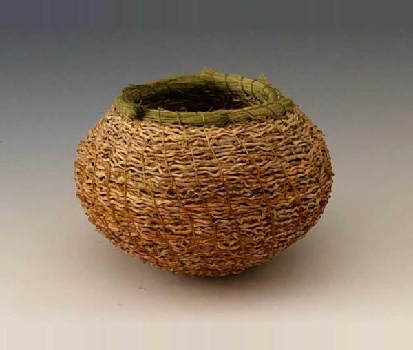 gold inflorescence basket